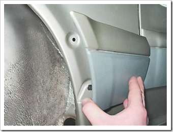 Как снять и установить накладку переднего крыла на ВАЗ 2114, 13, 15.