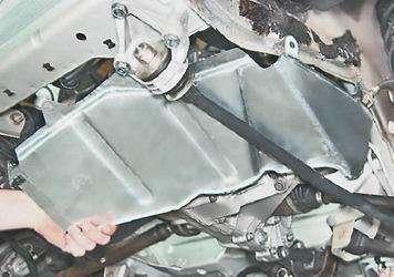 Как снять и установить брызговик двигателя на ВАЗ 2114, 14, 15