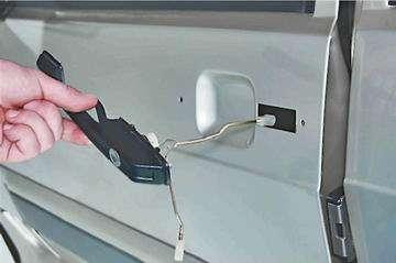 Как снять и установить наружную ручку передней двери ВАЗ 2114, 2113, 2115