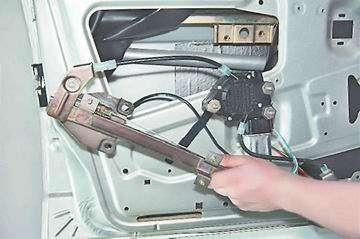 Как поменять стеклоподъемник передней двери на ВАЗ 2113, 2114, 2115