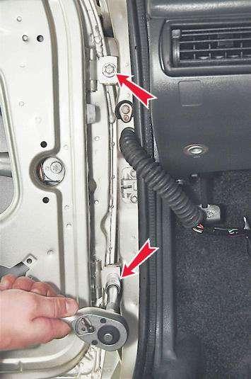 Как снять и установить переднюю дверь на ВАЗ 2114, 2113, 2115