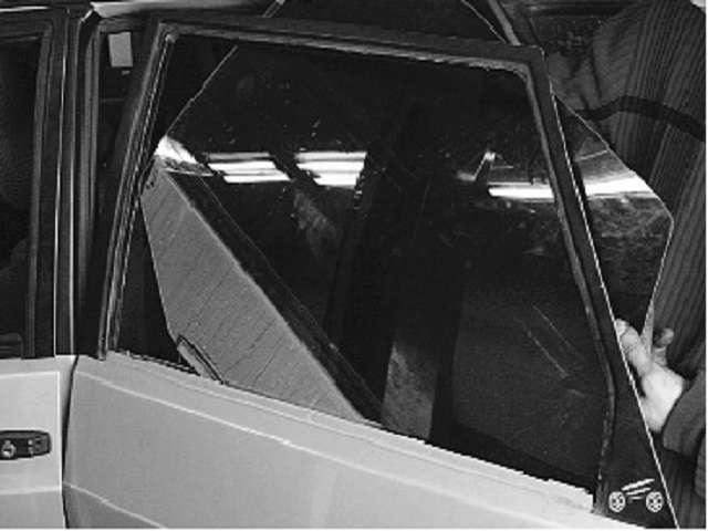 Как снять и установить стекло задней двери на ВАЗ 2114, 2115