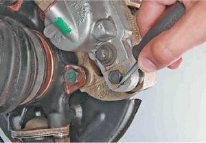 как поменять передние тормозные колодки на ваз 2114, 13, 15
