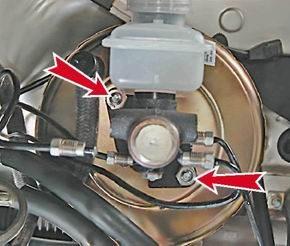 Как снять и установить главный тормозной цилиндр на ВАЗ 2114/2113/2115