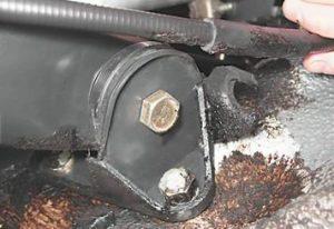 самостоятельная замена тросика ручника на ваз 2109, 2108, 2113, 2114, 2115
