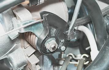как заменить трос привода дроссельной заслонки на ваз 2114, 13, 15