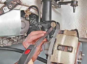 Как заменить стойку передней подвески на ВАЗ 2113, 2114, 2115
