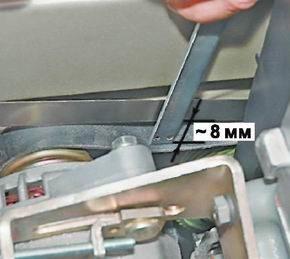 Проверяем натяжение ремня генератора на ВАЗ 13, 14, 15.
