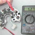 Проверка выпрямительного блока и конденсатора на генераторе