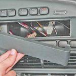 Замена выключателей на панели приборов ВАЗ 13-15.